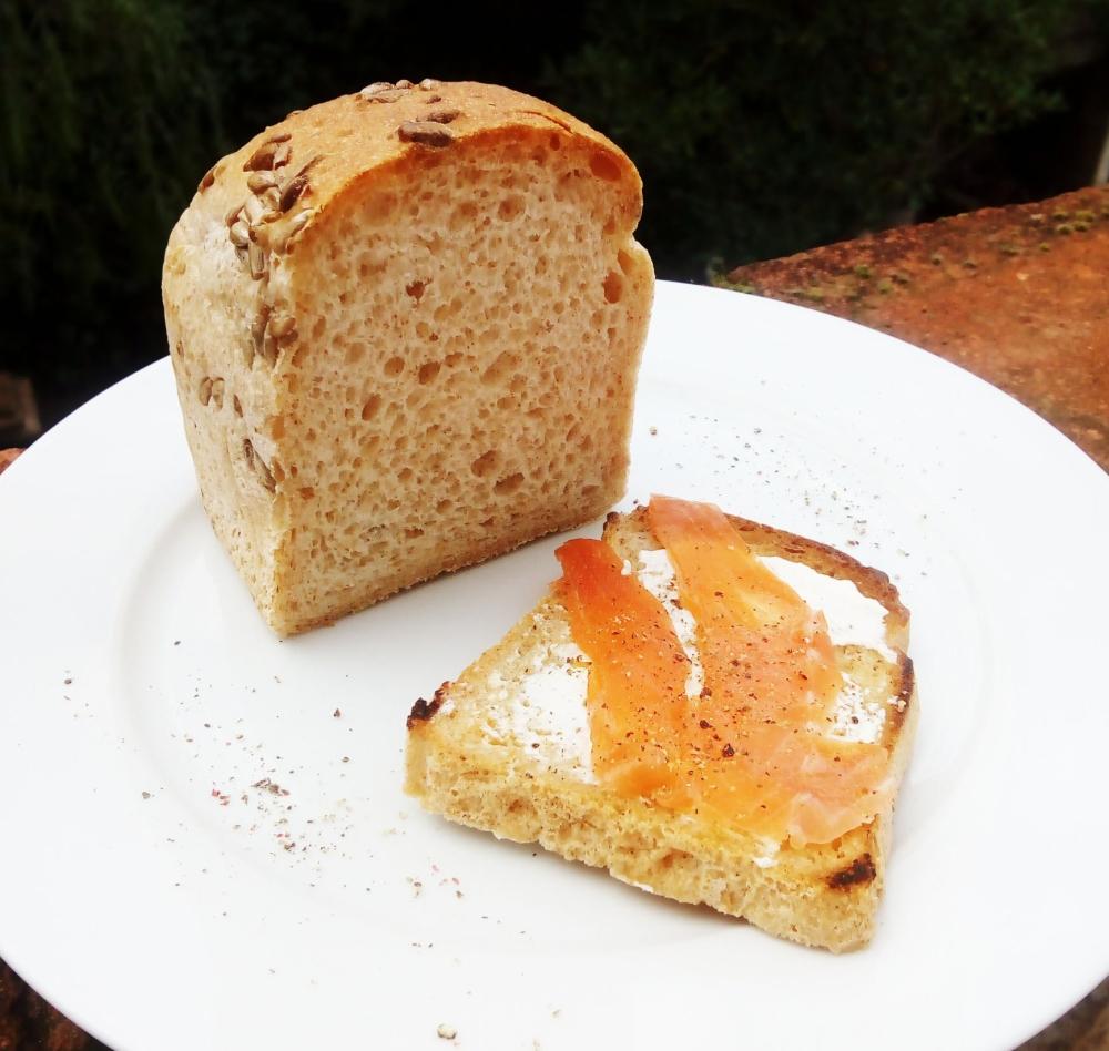 salmon-toast1.jpg